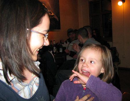 Tonk Gabriella és a kislánya